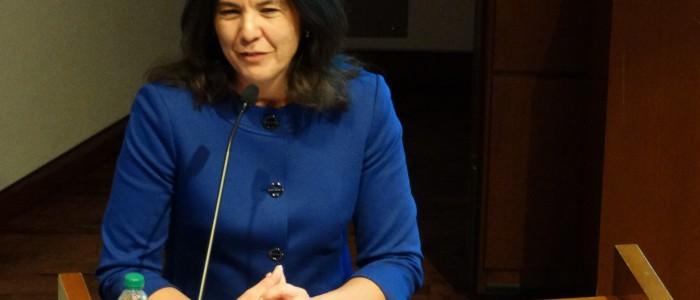 Anita Alvarez speaking 03